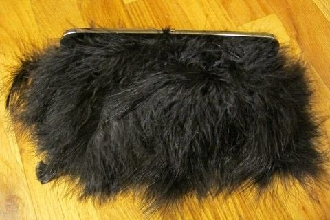 .  Make a feather clutch in under 120 minutes by not sewing Version posted by Sveta. Difficulty: 3/5. Cost: Cheap.