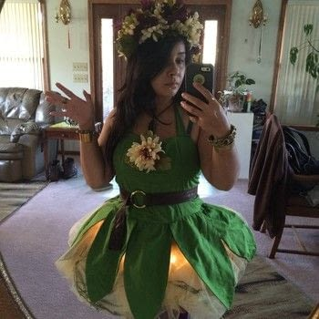 I do believe in faeries .  Make an chracter costume in under 120 minutes using fairy dust and fake flowers. Creation posted by .  in the Sewing section Difficulty: Easy. Cost: 4/5.