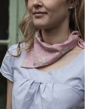Make a luxurious silk scarf with a simple hand sewn hem .  Free tutorial with pictures on how to make a silk scarf in under 90 minutes by sewing with thread, pattern, and hand sewing needles. How To posted by Lauren G.  in the Sewing section Difficulty: Simple. Cost: Cheap. Steps: 6