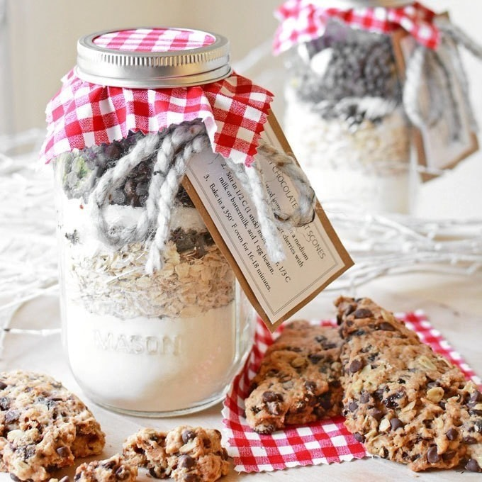 Cheap 33 Last Minute Quick Cheap Diy Christmas Gifts: Diy Jarred Gift Chocolate Cherry Oat Scones · How To Bake
