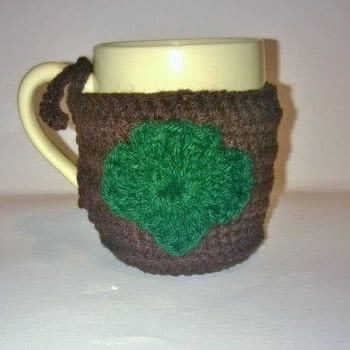 Girl Scout Cozy .  Make a mug warmer in under 40 minutes using yarn and crochet hook. Creation posted by Carol S.  in the Yarncraft section Difficulty: Easy. Cost: Absolutley free.