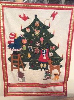 Saw the pattern and couldn't resist it. .  Make an advent calendar by transfering and machine sewing with felt, cord, and velcro. Creation posted by Gerri T.  in the Sewing section Difficulty: Simple. Cost: 4/5.