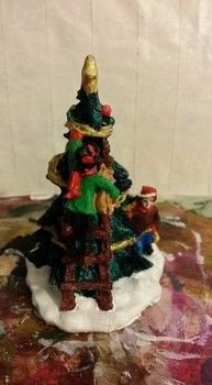 Re-Paint .  Make a model or sculpture by decorating with acrylic paint, paint brush, and gesso. Inspired by christmas and acrylic paint. Creation posted by niny512.  in the Art section Difficulty: 3/5. Cost: Absolutley free.