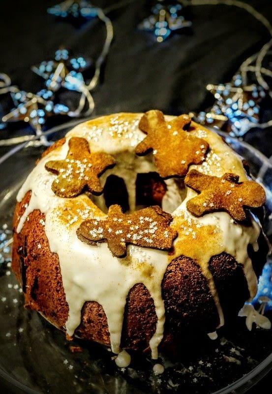 Spiced Apple Amp Gingerbread Cake 183 How To Bake A Bundt Cake