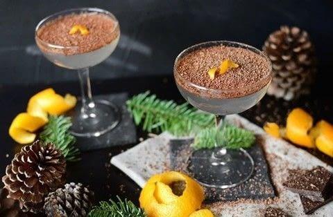 Medium 112636 2f2015 12 29 024913 cointreau and chocolate cocktail