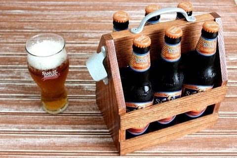 Build a Simple Tote for Da Beers .  Free tutorial with pictures on how to decorate a crate in under 180 minutes by woodworking with oak, oak, and oak. How To posted by Rogue Engineer.  in the Home + DIY section Difficulty: 3/5. Cost: Cheap. Steps: 5