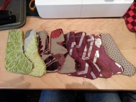 Use up fabric scraps .  Make a piece of seasonal decor in under 60 minutes by machine sewing with fabric scraps. Inspired by christmas. Creation posted by LoupLou.  in the Sewing section Difficulty: Easy. Cost: Absolutley free.
