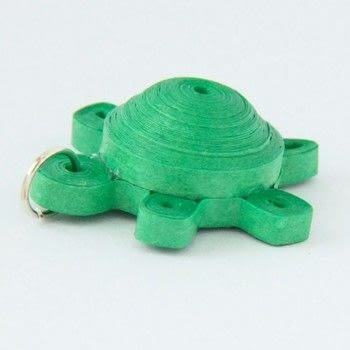 Make a cute little 3d turtle .  Free tutorial with pictures on how to fold a piece of quilled art in under 45 minutes by papercrafting and quilling with paper, paper, and paper. Inspired by turtles. How To posted by HoneysQuilling.  in the Papercraft section Difficulty: Simple. Cost: Cheap. Steps: 11