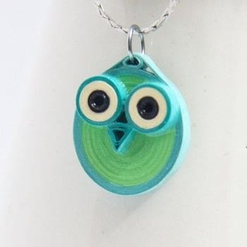 Make a cute paper quilled owl .  Free tutorial with pictures on how to make a paper bead necklace in under 20 minutes by papercrafting, quilling, and jewelrymaking with paper, paper, and paper. Inspired by owls. How To posted by HoneysQuilling.  in the Papercraft section Difficulty: Simple. Cost: Cheap. Steps: 5