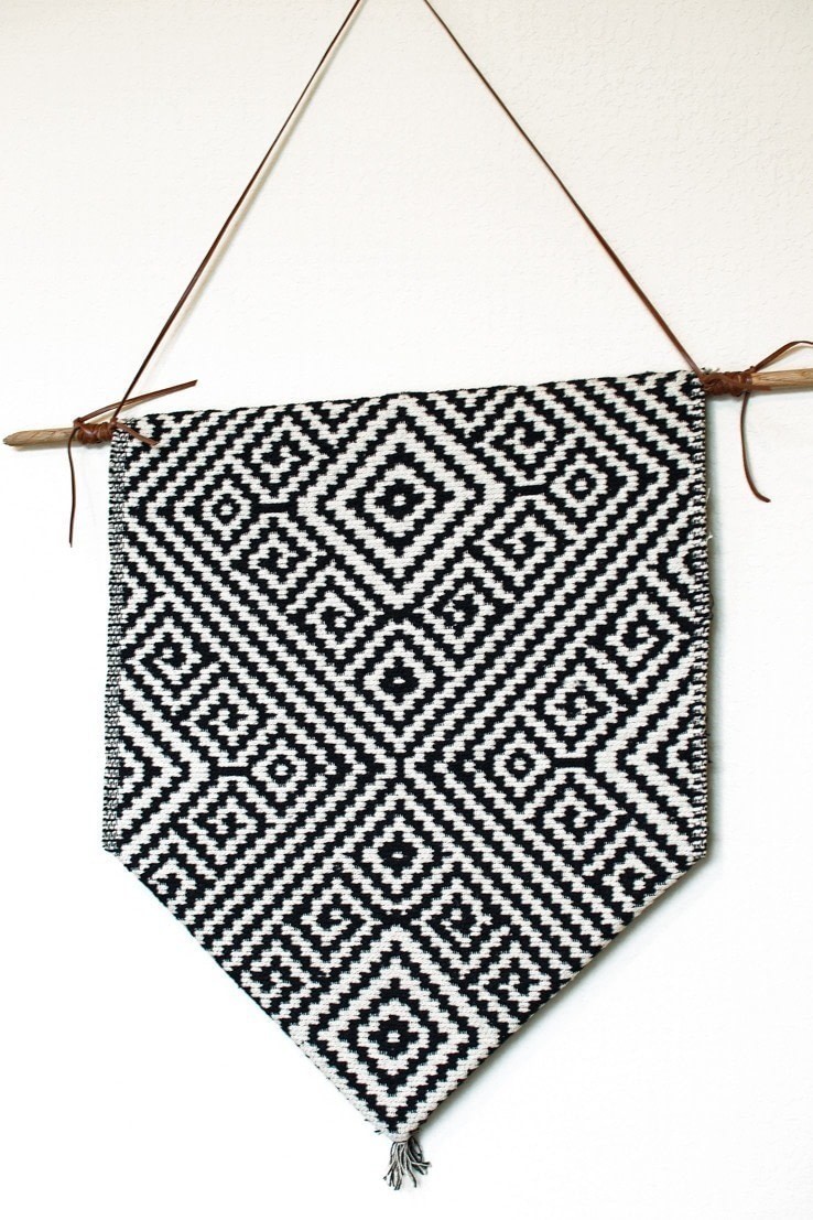 Aztec Inspired Diy Wall Banner 183 How To Make A Hanging