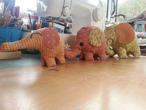 Soft little elephants .  Make an ornament in under 60 minutes by hand sewing and machine sewing with cotton fabric, wadding, and embroidery thread. Inspired by elephants. Creation posted by LoupLou.  in the Sewing section Difficulty: 3/5. Cost: 3/5.
