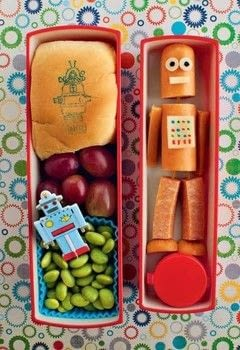 Everyday Bento .  Free tutorial with pictures on how to make a bento box in under 25 minutes by cooking with hot dog, cheese, and mustard. Inspired by japanese and robots. Recipe posted by Tuttle Publishing.  in the Recipes section Difficulty: Simple. Cost: Cheap. Steps: 8