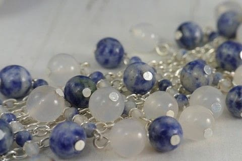 Make this multi-strand bracelet, full of movement using beautiful willow pattern colored Sodalite and White Agate beads .  Free tutorial with pictures on how to bead a woven bead bracelet in under 80 minutes by jewelrymaking with chain, clasps, and headpins . Inspired by blue. How To posted by Helen Bowen.  in the Jewelry section Difficulty: Easy. Cost: 3/5. Steps: 10