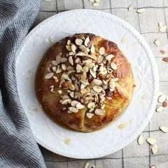 Baked Brie With Honey And Almonds | Taste And See