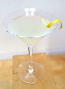 A gin martini with lemon and homemade thyme syrup .  Free tutorial with pictures on how to mix a lemon martini in under 5 minutes by mixing drinks with gin, syrup, and simple syrup. Recipe posted by Cat Morley.  in the Recipes section Difficulty: Simple. Cost: Cheap. Steps: 5