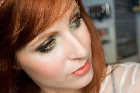 Green/brown smokey look .  Free tutorial with pictures on how to create a two toned eye makeup look in under 15 minutes by applying makeup with eyeshadow primer, pencil, and chocolate. Inspired by enchanted, black forest, and green. How To posted by Patricia V.  in the Beauty section Difficulty: 3/5. Cost: 3/5. Steps: 15
