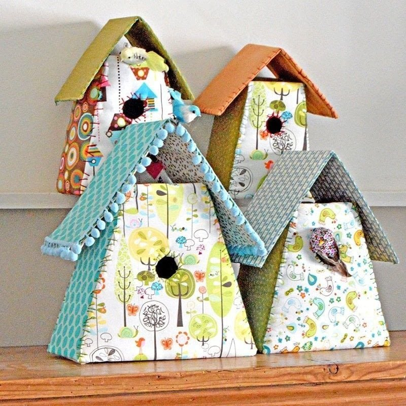 Fabric birdhouse how to make a bird house needlework for Pretty project