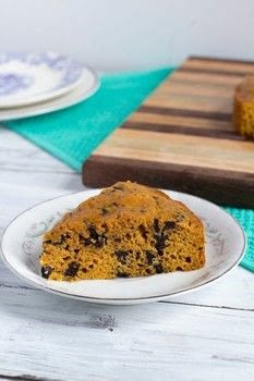 Pumpkin Cake With Dark Chocolate Chunks  .  Free tutorial with pictures on how to bake a pumpkin cake in under 50 minutes by baking with flour, baking soda, and salt. Recipe posted by Golden Brown and Delicious | Jessica D.  in the Recipes section Difficulty: Simple. Cost: Cheap. Steps: 4