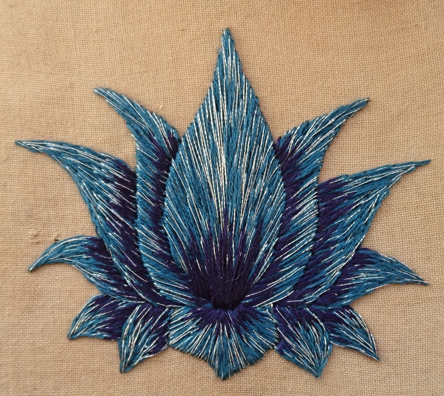 What Can I Sew In 20 Minutes Lotus Flower Video How To Embroider