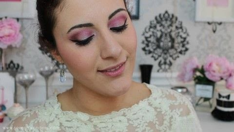 The perfect Valentine's Day Makeup for all the sweet girls out there! .  Free tutorial with pictures on how to create an ombre eye makeover in under 20 minutes using make up. Inspired by barbie and ombre. How To posted by Serena A.  in the Beauty section Difficulty: Simple. Cost: No cost. Steps: 1