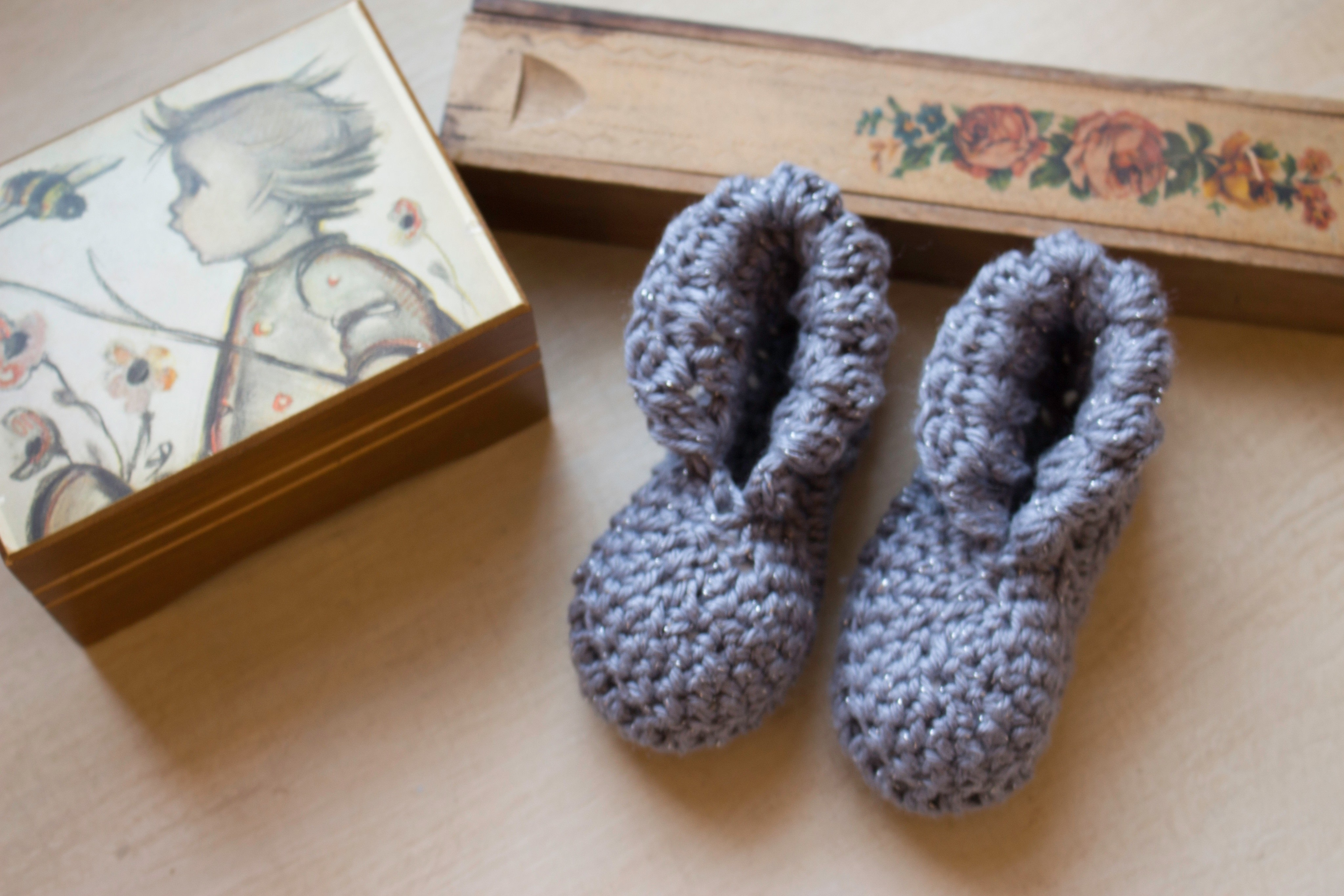 Royal Baby Booty ? How To Make A Baby Booties ? Yarncraft ...