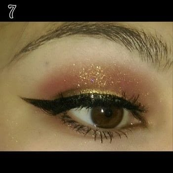 Shimmery sunset eye makeup .  Free tutorial with pictures on how to create a sunburst eye in under 12 minutes by applying makeup with eyeshadow, eyeshadow, and liquid eyeliner. How To posted by Brittny H.  in the Beauty section Difficulty: Simple. Cost: 3/5. Steps: 7