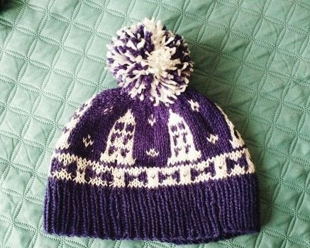 Doctor who hat .  Make a pom pom beanie by yarncrafting and knitting with yarn, knitting needles, and yarn. Inspired by geeky and tardis. Creation posted by Antonella M.  in the Yarncraft section Difficulty: 4/5. Cost: No cost.