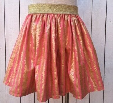 Sew a skirt with Sew To Speak in Columbus, Ohio .  Free tutorial with pictures on how to sew a pleated skirt in 7 steps by dressmaking and machine sewing with fabric, elastic, and thread. How To posted by Shop Showcase.  in the Sewing section Difficulty: Simple. Cost: Cheap.
