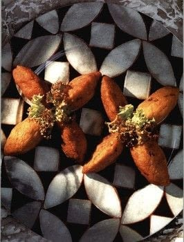 The Food of Singapore .  Free tutorial with pictures on how to cook a snack in under 90 minutes by cooking with sweet potatoes, tapioca starch, and vegetable shortening . Recipe posted by Tuttle Publishing.  in the Recipes section Difficulty: Simple. Cost: Cheap. Steps: 6