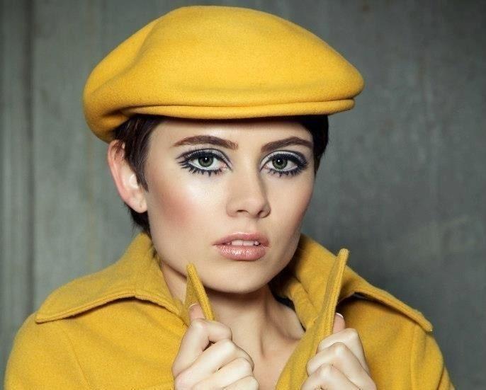 Classic Twiggy Makeup Tutorial How To Create A Dramatic Eye Makeup