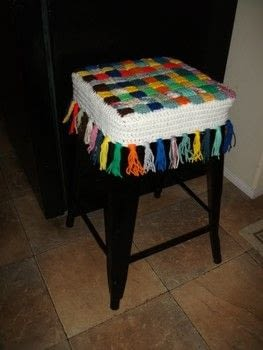 Kitchen Stool Cover .  Make a decoration in under 120 minutes by crocheting with knitting yarn. Creation posted by Susan S.  in the Yarncraft section Difficulty: Easy. Cost: Absolutley free.