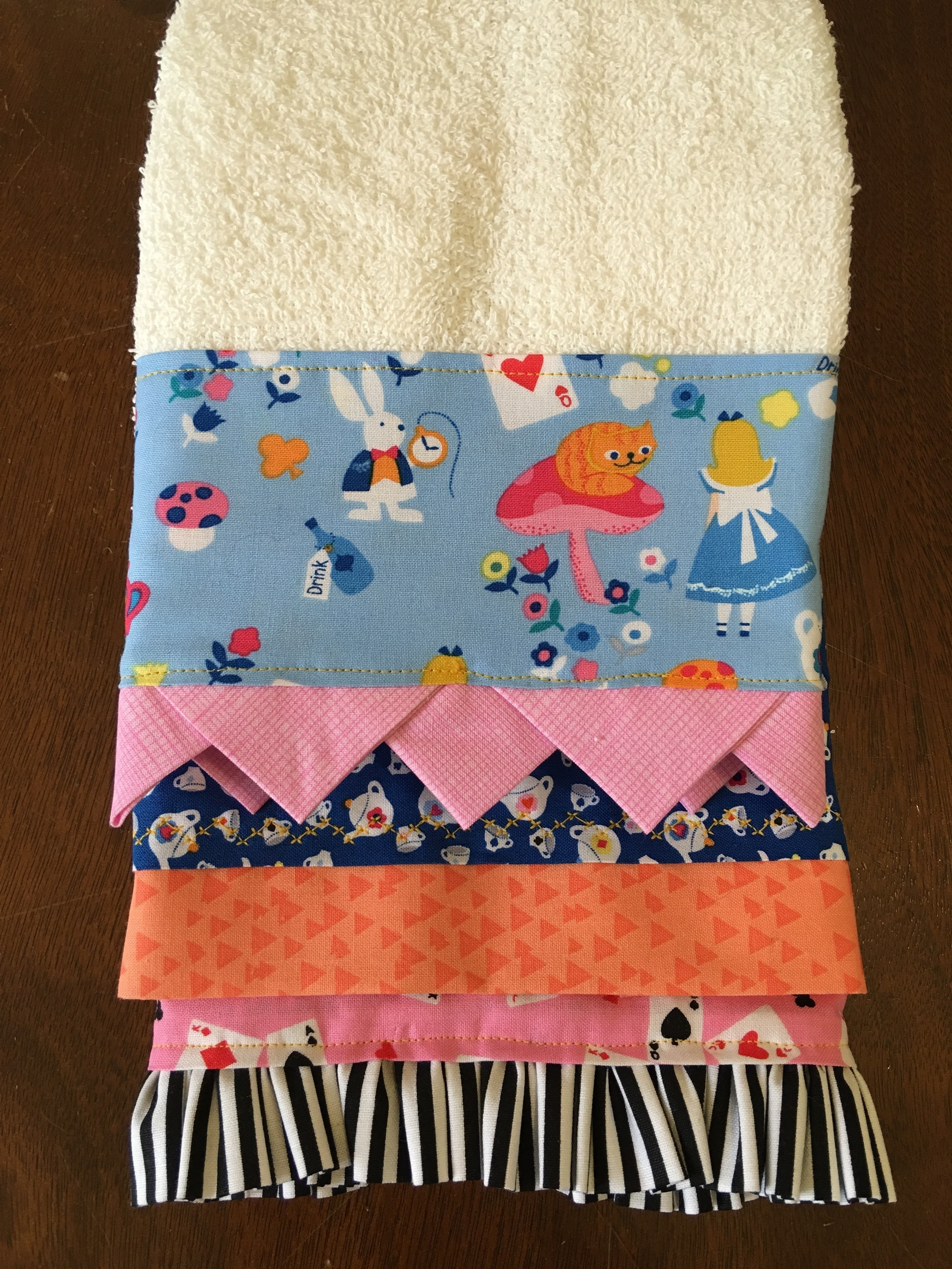Decorated Hand Towel 183 How To Make A Towel 183 Sewing On Cut