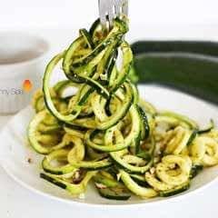 Raw Pesto Courgetti
