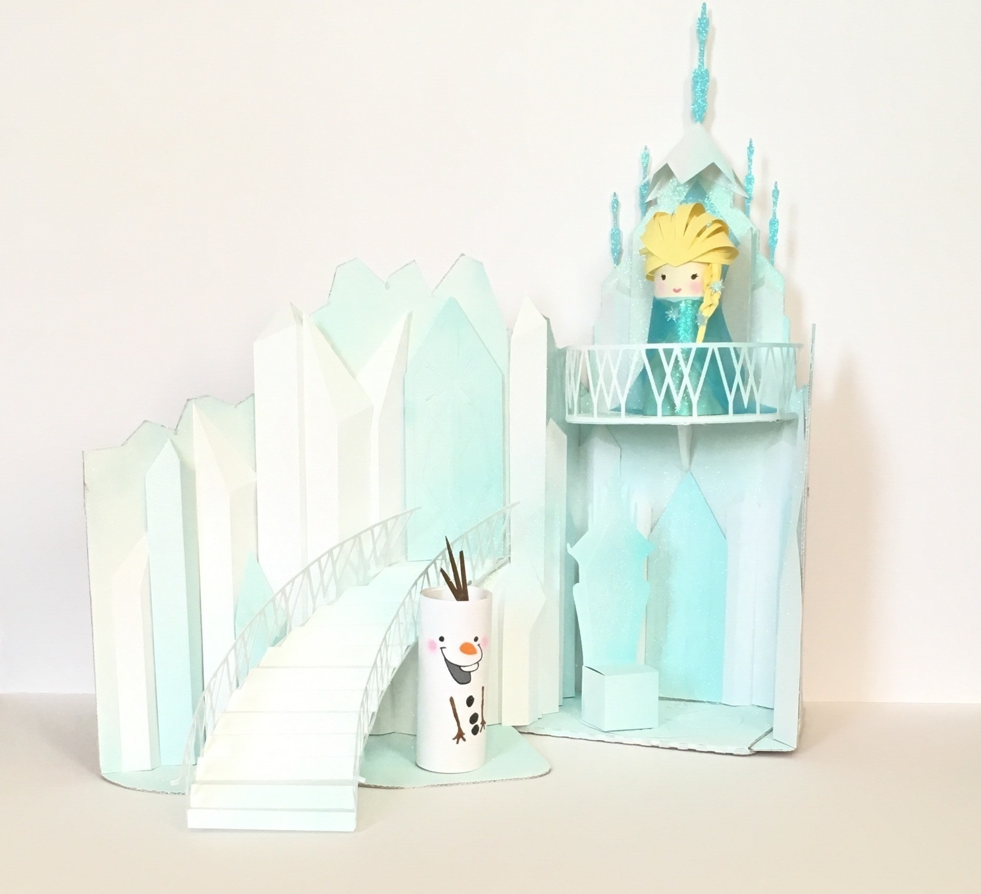 Elsas Ice Castle Playset Free Tutorial With Pictures On How To Make A Dolls House