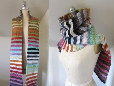 By Melissa Clulow .  Free tutorial with pictures on how to knit or crochet a stripy scarf in 4 steps by knitting with yarn and circular knitting needles. How To posted by Shop Showcase.  in the Yarncraft section Difficulty: Simple. Cost: Cheap.