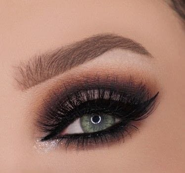 Cut crease and glamour .  Free tutorial with pictures on how to create a cut crease eye makeup look in under 15 minutes by applying makeup with eyeshadows, gel eye liner, and eye lashes. How To posted by Champagne Whisper.  in the Beauty section Difficulty: 4/5. Cost: No cost. Steps: 7