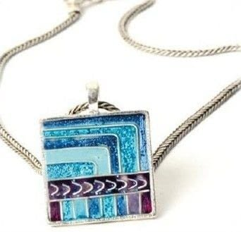 I was inspired to design and make this blue and purple resin pendant after buying a beautiful Peruvian wall hanging .  Free tutorial with pictures on how to make a resin pendant in under 60 minutes by jewelrymaking and resinworking with pendant, resin, and resin. How To posted by Kate B.  in the Jewelry section Difficulty: 3/5. Cost: 3/5. Steps: 10
