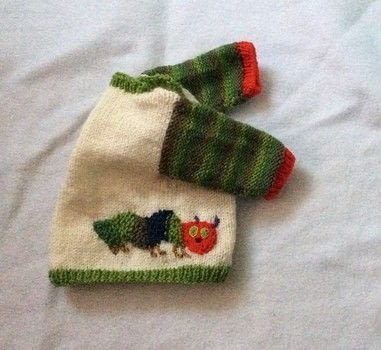 From an egg to a caterpillar  .  Make a baby booties by knitting with dk yarn. Creation posted by hennie.  in the Yarncraft section Difficulty: 3/5. Cost: No cost.