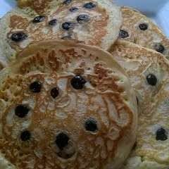 Scottish Pancakes With Blueberries