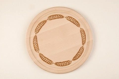 Pyrography .  Free tutorial with pictures on how to make a kitchen project / dining project in under 60 minutes by woodworking with wooden board, paper, and carbon paper. How To posted by GMC Group.  in the Home + DIY section Difficulty: Simple. Cost: Cheap. Steps: 6