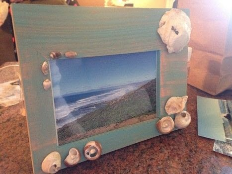 A way to keep the beach with you! .  Free tutorial with pictures on how to decorate an embellished photo frame in under 30 minutes by embellishing with hot glue gun, paint brush, and shell. Inspired by nautical. How To posted by Breanna S.  in the Decorating section Difficulty: Easy. Cost: Absolutley free. Steps: 4