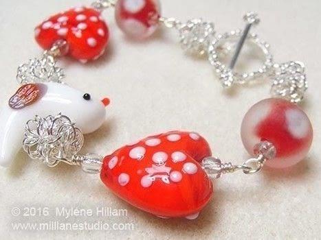 Medium 114370 2f2016 05 26 023633 tweetheart bracelet alt1 wm