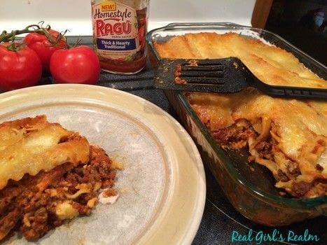 .  Free tutorial with pictures on how to cook a lasagna in under 90 minutes by cooking with lasagna, pasta sauce, and ground beef. Recipe posted by Mary H.  in the Recipes section Difficulty: 3/5. Cost: Absolutley free. Steps: 3