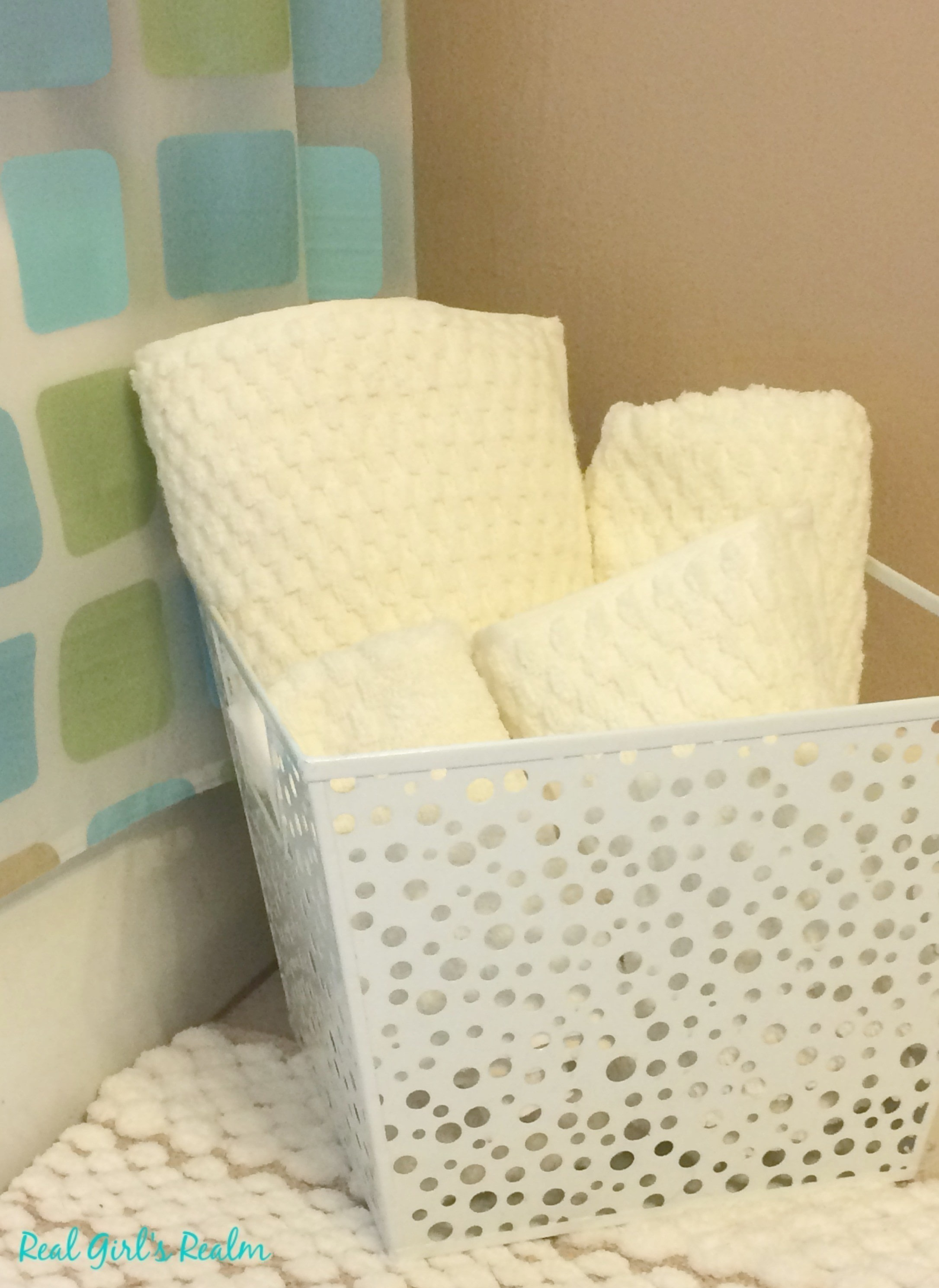 Weekend Guest Bathroom Mini Makeover How To Make A