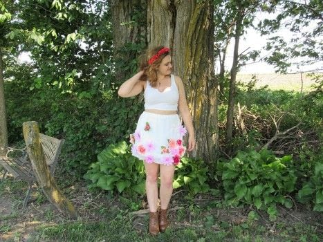Feel like a forest sprite in this floral skirt! .  Free tutorial with pictures on how to make an embellished skirt in under 120 minutes using fabric, elastic, and hot glue. Inspired by flowers and floral. How To posted by Cheryl .  in the Sewing section Difficulty: Simple. Cost: Cheap. Steps: 1