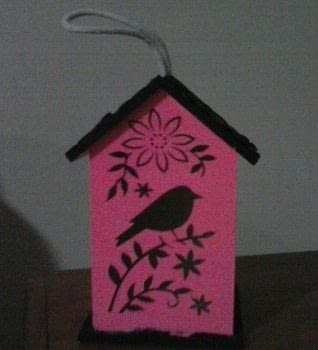 Tweet tweet! .  Make a bird house in under 30 minutes using paint, bird house, and paintbrush. Creation posted by Ashley P.  in the Other section Difficulty: Easy. Cost: Absolutley free.