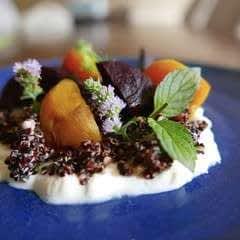 Hummus, Quinoa & Beetroot Salad