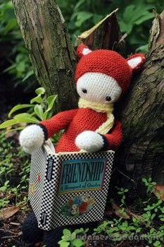 Adorably Sly .  Make a fox plushie by sewing, yarncrafting, crocheting, and amigurumi with acrylic yarn, crochet hook, and safety eyes. Inspired by foxes. Creation posted by Chudames.  in the Yarncraft section Difficulty: 4/5. Cost: 3/5.