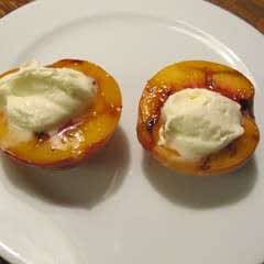 Grilled Honey Peaches