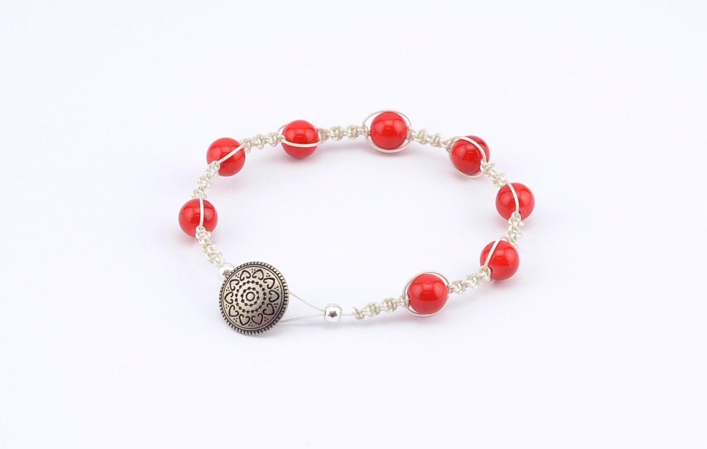 Shamballa Style Bracelet With The Beadalon Tying Station · How To ...